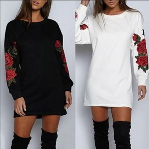 Tops - NWT🌹Long Sleeve Embroidered Tunic🌹🖤⚪️